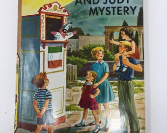 Vintage Happy Hollisters and the Punch and Judy Mystery by Jerry West, First Edition 1964