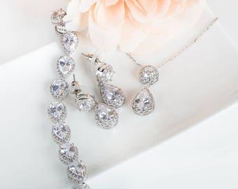 Bridesmaid Gifts | Earring & Pendant Set | Bridesmaid Earrings | Bridal Sets | Wedding Jewelry | Bridesmaid Sets | Jewelry Sets
