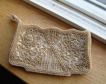 Pretty Vintage Ecru beaded/Evening Bag, wristlet, change purse, make-up bag