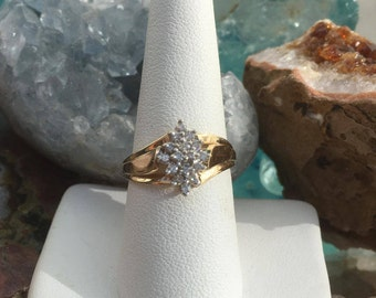 10 Kt Yellow Gold Diamond Ring