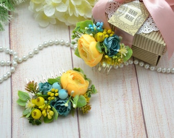 Wedding comb Beauty gift Hair jewelry Flower comb Bridal hair piece Blue yellow hair comb Wedding hair Boho hair comb Spring wedding comb