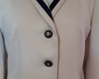Vintage blazer jacket 80s cream jacket with black trim by Mansfield Clothes of London size large extra large