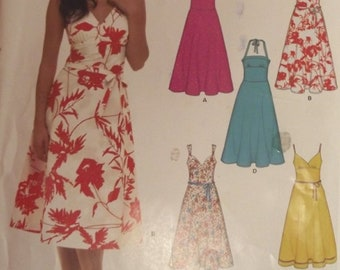 Misses Summer Dress Sundress Lined Bodice Spaghetti Straps Halter Easy Sewing Pattern Size 8-18 US, 34-44 EUR New Look 6557 Uncut Tie Belt