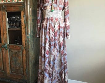 Vintage 1970's patchwork print hippie boho gauzy floaty full skirt maxi dress Large