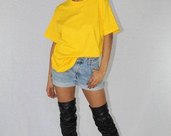 Vintage Yellow Shirt Fruit Of The Loom T-Shirt Men's Size Medium