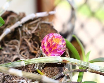 Pink resin dried flower button ring