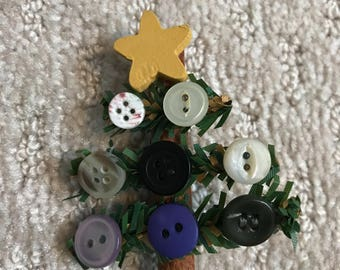 Button Christmas Tree Pin