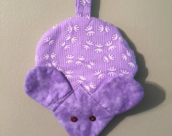 Mouse Pot Holder, Mice hot pads, Handmade, One of a kind, Great gifts for Showers, Weddings, Birthdays, Hostess and Friendship gifts.