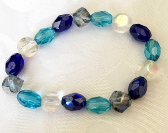 Blues and crystal stretch bracelet