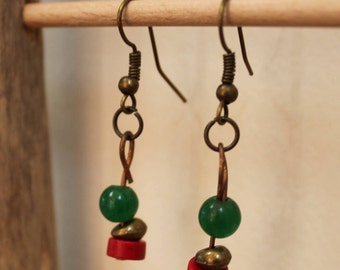 Red and green earrings. Bronze metal beads