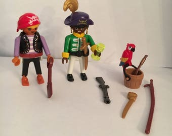 Playmobil pirates with parrot