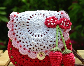 Crochet pattern - Strawberry crochet purse by VendulkaM - crochet handbag/ bag pattern/ digital, DIY, pdf