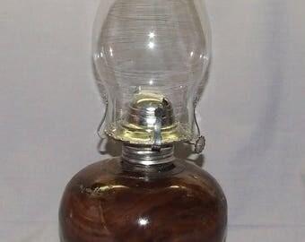 A Walnut kerosene Hurricane Lamp, Item nr: 223602