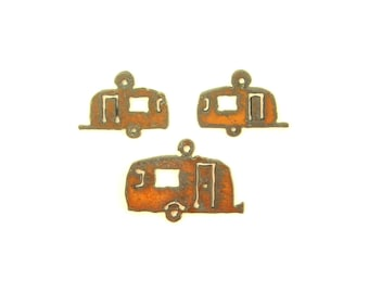 Camper Trailer Rusty Metal Pendant/Charm And Earrings 3-Piece Set