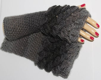 DRAGON GLOVES, Dragon Scale Gloves, Fingerless Mittens, Arm warmers, Winter gloves, Game of thrones, Texting Gloves