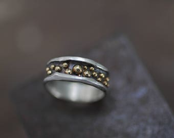 Alternative wedding ring:  Wedding band for women - Anniversary band - Silver wedding ring ladies - Two tone wedding band- Hammered band