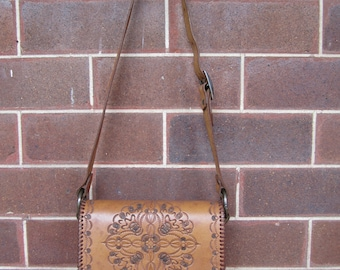 Vintage Hand Tooled Leather Bag - 1970's - Vintage Brown Leather Bag - Vintage Hand Tooled Leather Bag