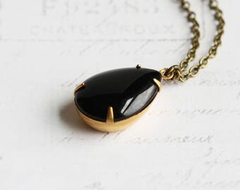 Simple Black Rhinestone Teardrop Pendant Necklace on Antiqued Brass Chain