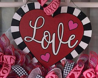 Valentine Door Hanger,Love Heart Hanging,Valentines Day Wreath,Valentines day Decor,Love Front Door Decor