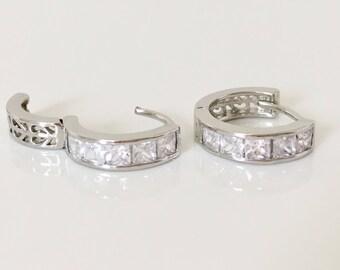 ON SALE,Small Silver Hoop Earrings, Cz Hoop Earrings, Huggie Earrings, Minimalist Jewelry
