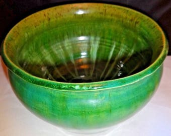 "Vintage Studio Pottery Jardiniere Flower Pot Planter or Bowl Brilliant Green Heavy Clay 6"" Diameter Signed Patrick Gallagher 1990"