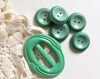 vintage green buckle and buttons 1950s mint green