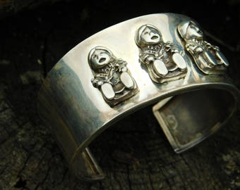 Carol Felley storyteller sterling silver southwest cuff bracelet.  Vintage USA made 1991 signed cuff.