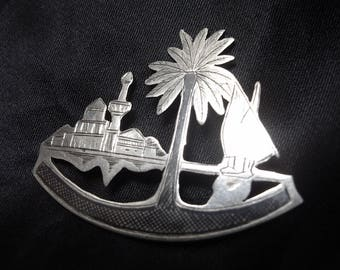 Vintage 1940's Etched PALM TREE Desert Scene SILVER C Clasp Pin Brooch 4.5cm 20s 30s 40s High End Early Souvenir Jewelry Engraved Jewellery