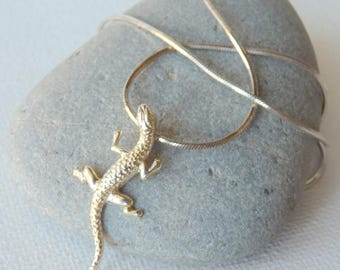 Sterling Silver Lizard Pendant and Chain Necklace, Vintage 925 Lizard, Silver  Necklace 925 Modern Jewelry, 80's Jewelry, Lizard Jewelry