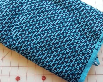 Clearance - 7 Yards Beauty Queen Linky Love in Midnight by Jennifer Paganelli for Free Spirit
