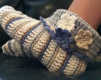 Hand crochet slipper flowers