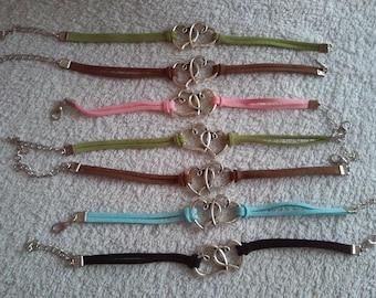 Double heart bracelet suede