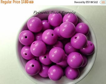SALE 20mm Orchid Purple Solid Chunky Beads Set of 10,  Orchid Purple Bubble Gum Beads, Gumball Beads, Acrylic Beads