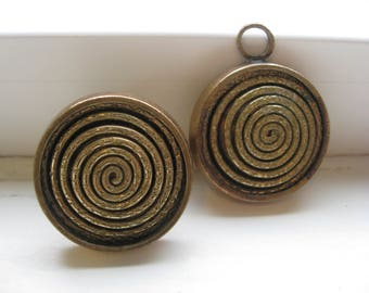 KE PALMBERG ALTO Sweden. A set of bronze ring and pendant