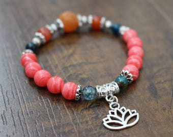 Bracelet lotus charm, mix natural stones