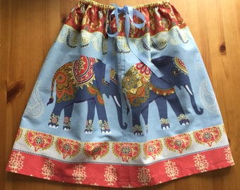 Girls drawstring skirt.