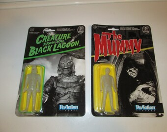 RARE .. Universal Monsters The Mummy & Creature From The Black Lagoon  3 3/4-Inch ReAction Figures GLOW in the DARK Chase