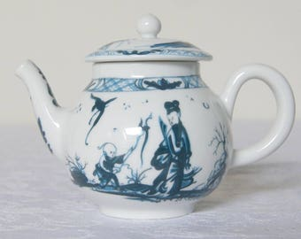 Vintage miniature teapot by Franklin Mint and is from The Victoria & Albert Museum Porcelain Teapot Collection, 1985