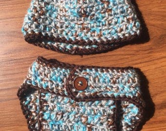 Crocheted new born diaper cover and hat