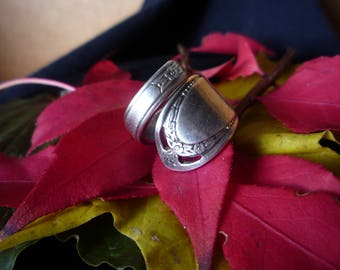 "Handmade Spoon Ring - ""LoveLace"""