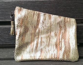 clutch, clutch bag all brown leather green reptile imitation or makeup