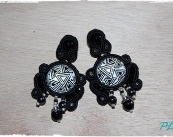 Black and white soutache earrings