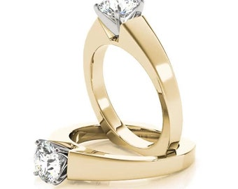 Solitaire Diamond Tapered Engagement Ring in Yellow Gold