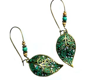 BOHOCRAFT Bohemian Carved Patina Leaf  Earrings