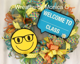 Welcome to my class wreath, back to school wreath, deco mesh school wreath, teacher gifts, teacher wreath, teacher appreciation,