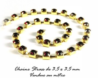 Chain gold red rhinestone - 3.5 X 3.5 mm - sold by the yard