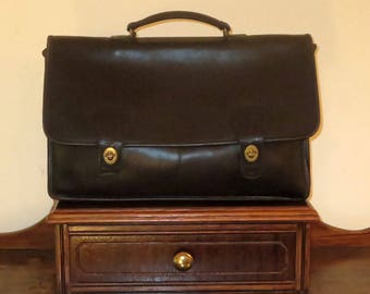 Coach Diplomat Briefcase In Black Leather With Brass Hardware-Style No. 5170 - Made In USA- Very Good Condition
