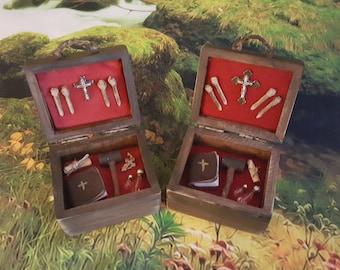 Miniature vampire slayer kit