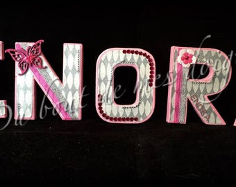 Letters of 12 cm customizable on request