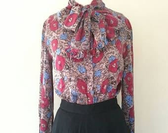 Vintage CARLISLE  100% silk floral bow tie  blouse